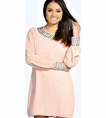 boohoo Lilly Embellished Cuff and Neck Shift Dress - Look knock-out on nights out in figure- skimming bodycon fits, flowing maxi lengths and stunning sequin-embellished occasion dresses. This season make for satin sheen slip dresses in mink nudes, and m http://www.comparestoreprices.co.uk/dresses/boohoo-lilly-embellished-cuff-and-neck-shift-dress-.asp