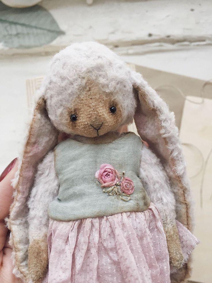 Купить Зайка - зайка, зайчик, заяц, тедди, игрушка, Новый Год, подарок, вискоза, опилки