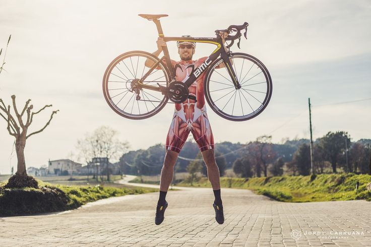 https://flic.kr/p/RdTLxb | BMC bike | Photo by Jordi Carruana model: Arnau M. cycling kit: muscleskinsuit.com