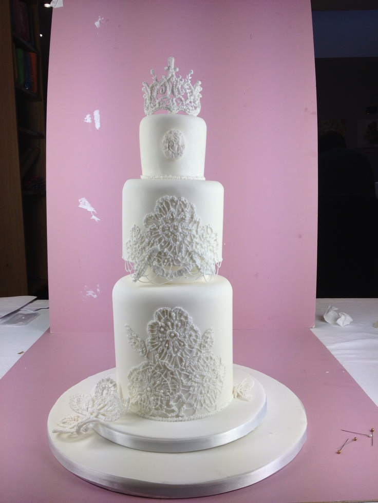 Cake Decorating Course Merseyside : 82 best images about Cakes by Divine Party Cakes on ...