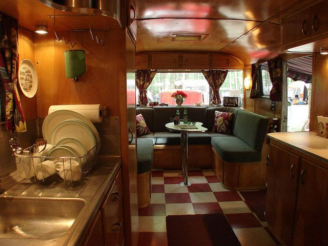 17 Best Images About Vintage Rv 39 S Campers And Bus Conversions On Pinterest Vintage Trailers