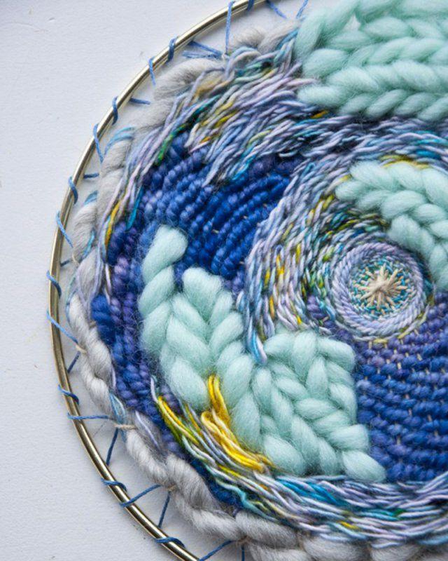 The Weaving Loom / tissage rond / weaving circular