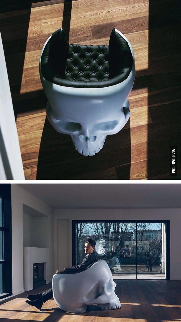 Skull armchair - 9GAG