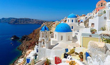 Santorini Grækenlands smukkeste ø. Se mere på www.bravotours.dk @Bravo Tours #BravoTours #Travel