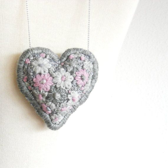 Romantic embroidered pendant chain embroidered pendant by pipocass, €20.00