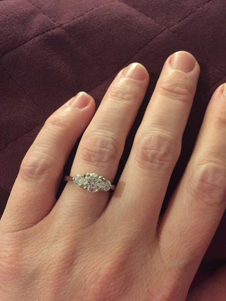 Does Anyone Have A 3 Stone Ring With Center And Side Stones Bring On The Hand Shots If Youve Go