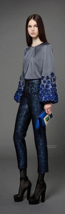 Gallery.ru / Фото #77 - Українська вишивка. Сучасний вишитий одяг. - Markira