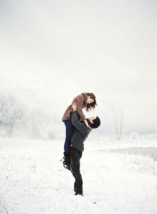 Demande en mariage dans la neige