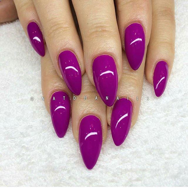 Neon Berry Gel Polish. Perfect for hot Summer days. Nails by @natdhanails @natdhanails . #lillynails#nails#nailart#naglar#gelnails#gelenaglar#gelpolish#gelelack#acrylicnails#akrylnaglar#instanails#nailstagram#nailtech#nailswag#nagelutbildning#nagelkurs#nagelskola#nagelsalong#nagelterapeut#nailtech#nailwow#nailinspo#nailinspiration#tmblrfeature#neon#purple#fuschia