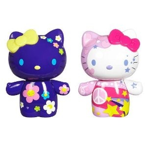 Hello Kitty Urban Vinyl Figure Set (Toy) http://www.amazon.com/dp/B002NGHLCO/?tag=mnnean-20 B002NGHLCO