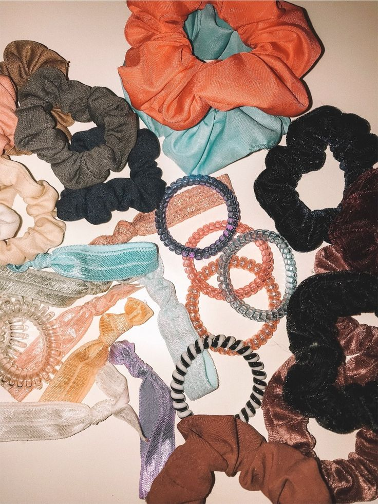 Pin by Zoha on Vibez in 2019 | Scrunchies, Hair ...