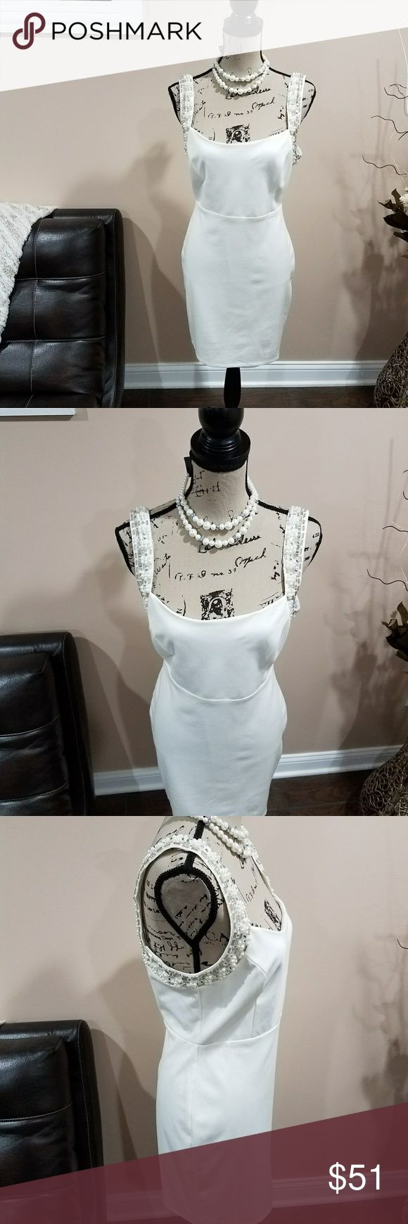 "LuLu's Dress & FREE Necklace BEAUTIFUL LuLu's Dress (Size L/Lightly Used/Dry Cleaned). Vera Wang Necklace New Included. 26"" length 38"" chest 36"" waist  OFFERS Accepted  Reference Item No: 25  The Outfit Is Not Complete Until You Smile! Lulu's Dresses"