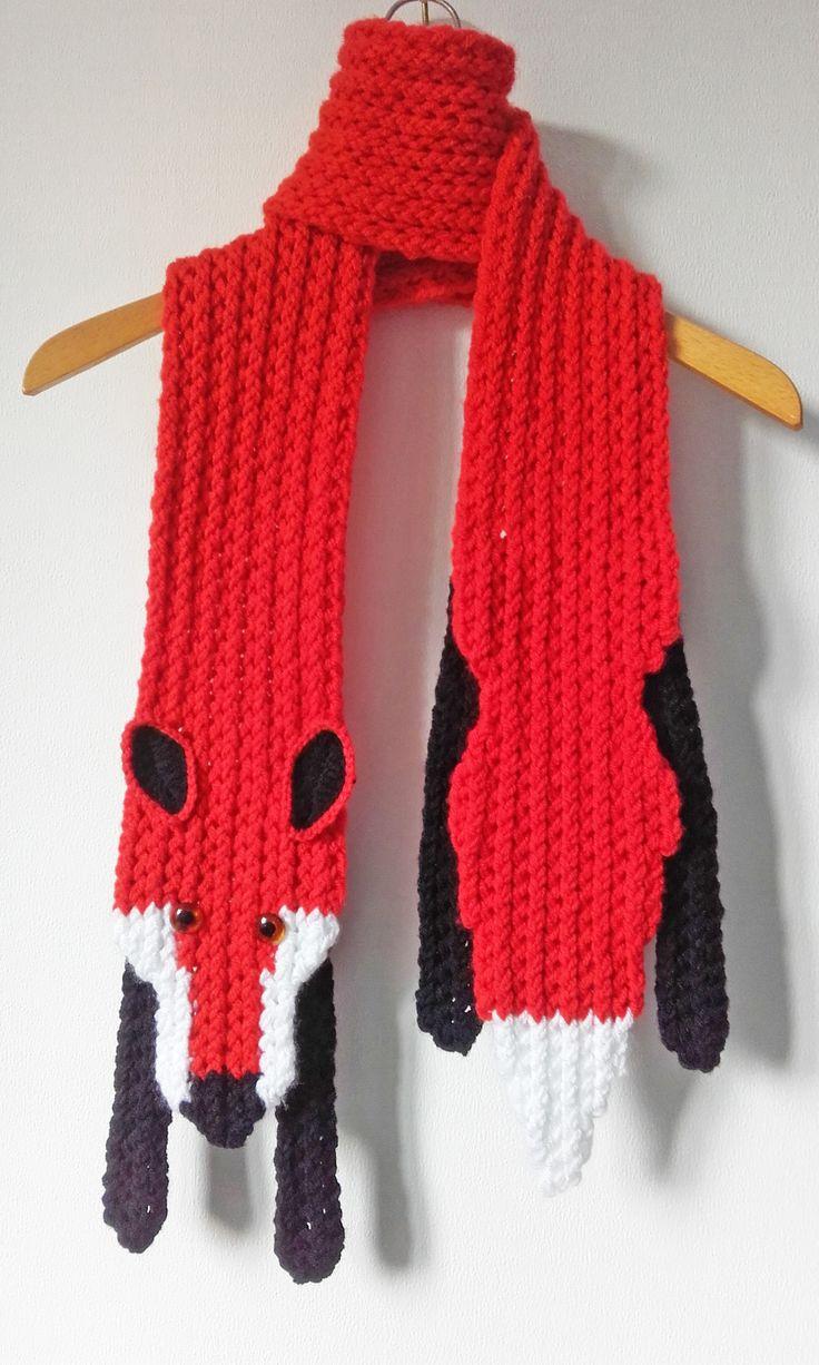 Vossensjaal  by Tilia - gebreid op de loom met de 'crossed stockinette stitch'