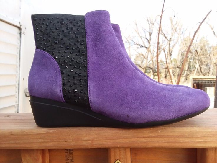 """J. Renee' Purple/Black Beaded Ankle Suede Leather Boots W/1.5"""" Wedge Heel Sz. 7M 