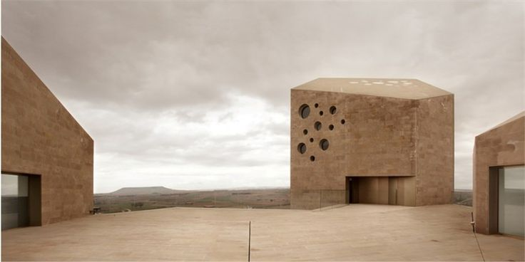 // RIBERA DEL DUERO //  Estudio Barozzi Veiga www.barozziveiga.comDel Duero, Barozzi Veiga, Architecture Ribera, Estudio Barozzi, Barozziveiga, Bank Of, Landscapes Architecture, Duero Headquarters, Spain