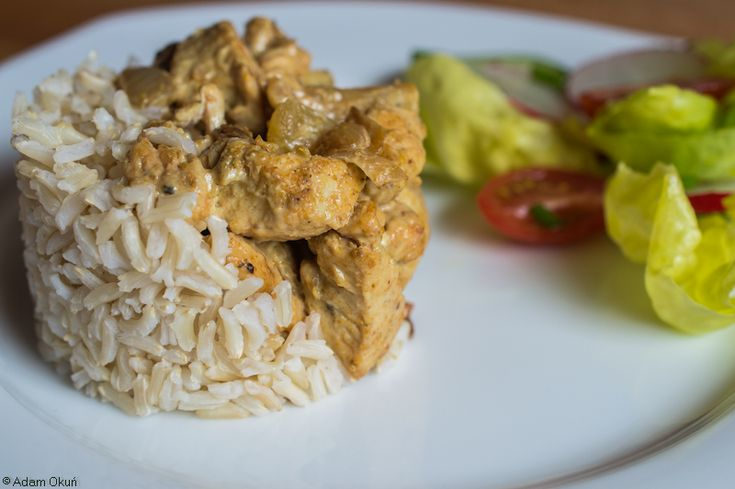 Dietetic chicken curry with pineapple