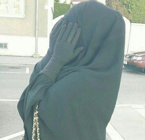 Gloves + jilbeb + total look black = LOVE IT !   #modesty