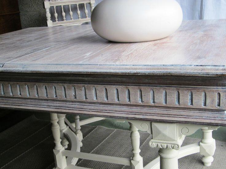 Une table Henri II reprend vie
