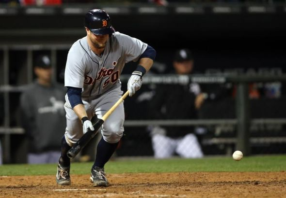 Detroit Tigers backup catcher bunt in Austin Jackson in the top of the ninth, defeat White Sox 4-3