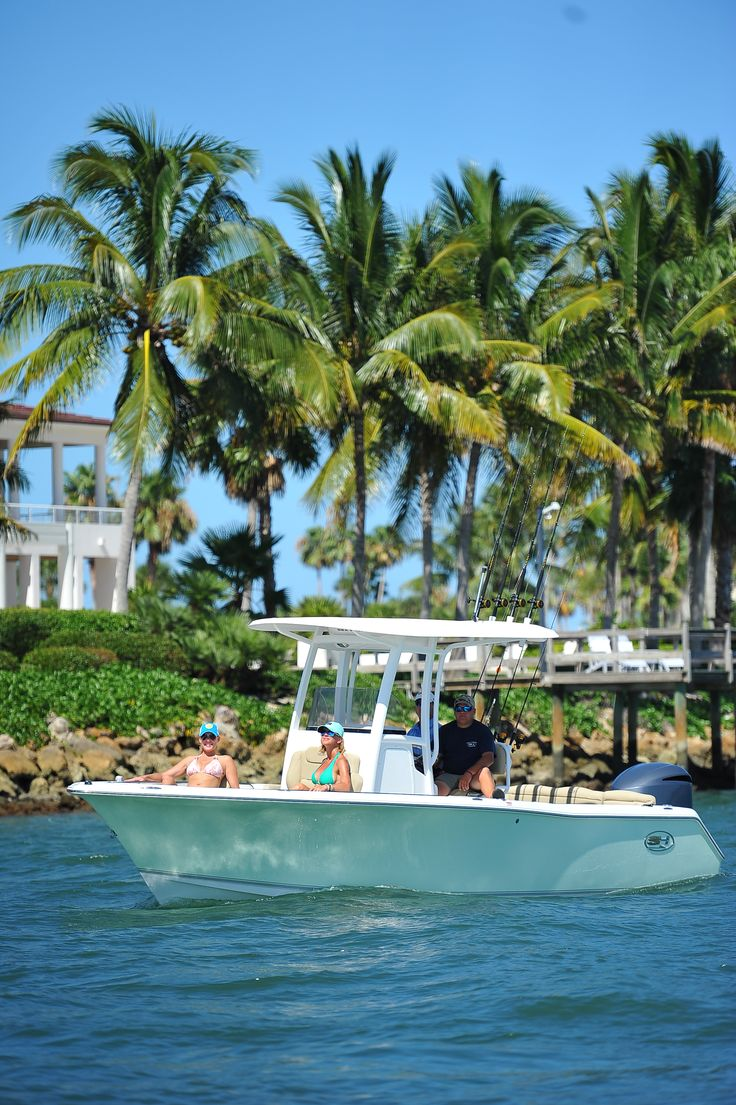 12 best ultra 235 se 2016 images on pinterest boating for Best fishing vacations