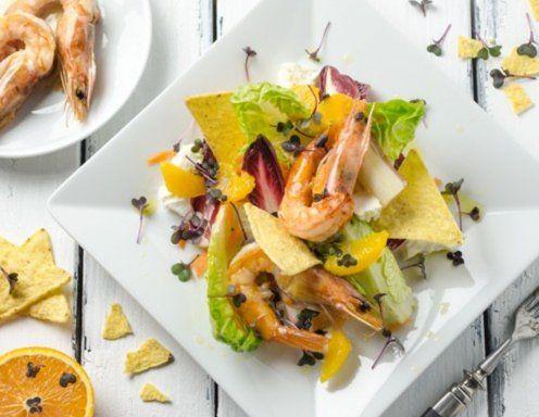 Orangen-Karotten-Chicorée-Salat mit Garnelen Rezept