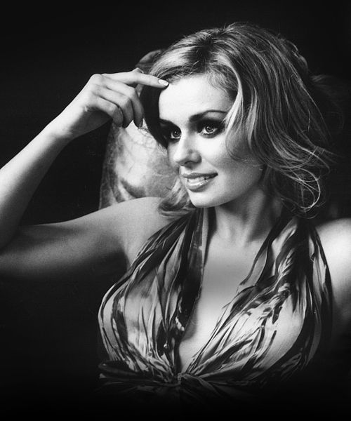 KATHERINE JENKINS - From The Welsh Valleys To Stardom