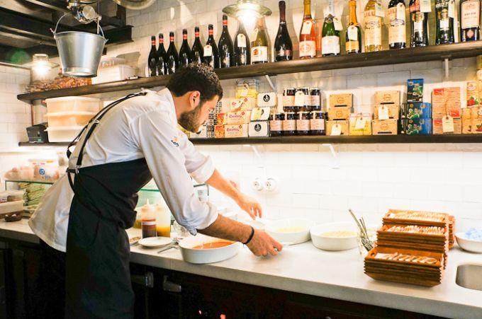 17 best tt grandes cocineros con especiales chaquetas images on pinterest chefs barcelona - Restaurante 7 puertas barcelona ...