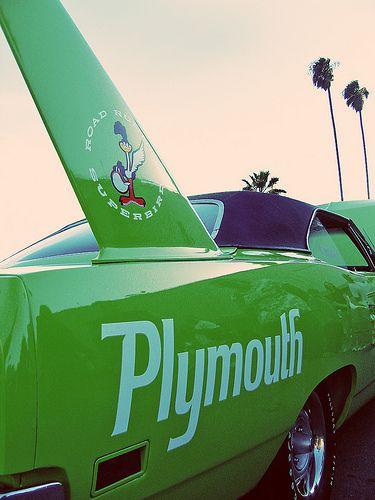 Winged Beast Retro | Plymouth Road Runner 2 door hardtop see… | Flickr
