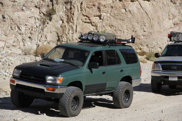 Bug Out Vehicle Toyota : Best hilux images on pinterest rd gen runner