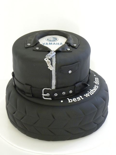 cool motorcycle themed cake idea