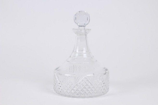 Kristallen karaf.