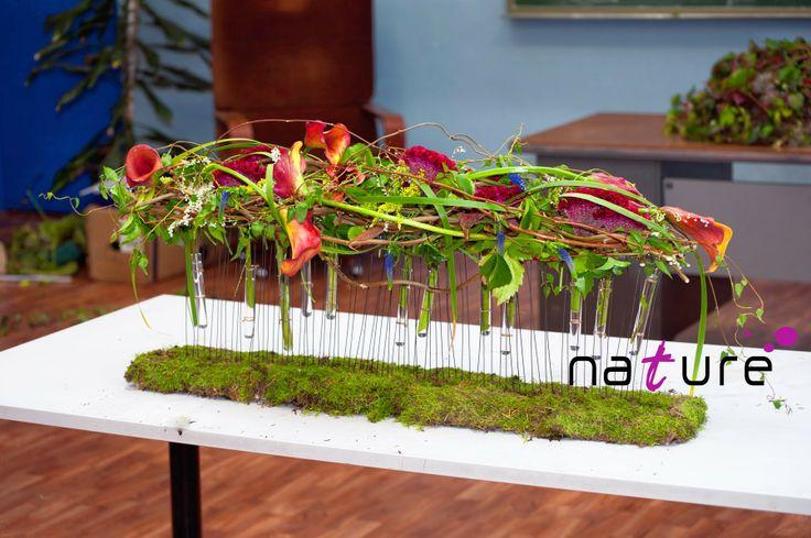 Trabajos orgánicos en estructura de madera-alambre. www.naturefloral.com