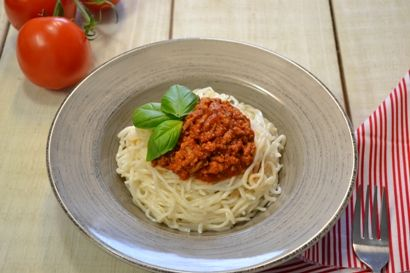 Spicy Turkey Bolognese - Learn more in the Slendier Information Centre. Recipes, articles and videos for a healthy lifestyle.