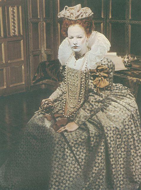 Glenda Jackson attired as the aging Elizabeth I., in the BBC production 'Elizabeth R'.