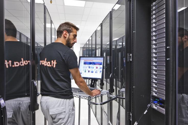 I nostri specialisti all'opera - Massimi livelli di affidabilità dei nostri data center