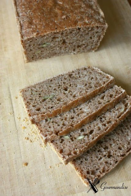 Sourdough emmer bread (w/ sprouted emmer)