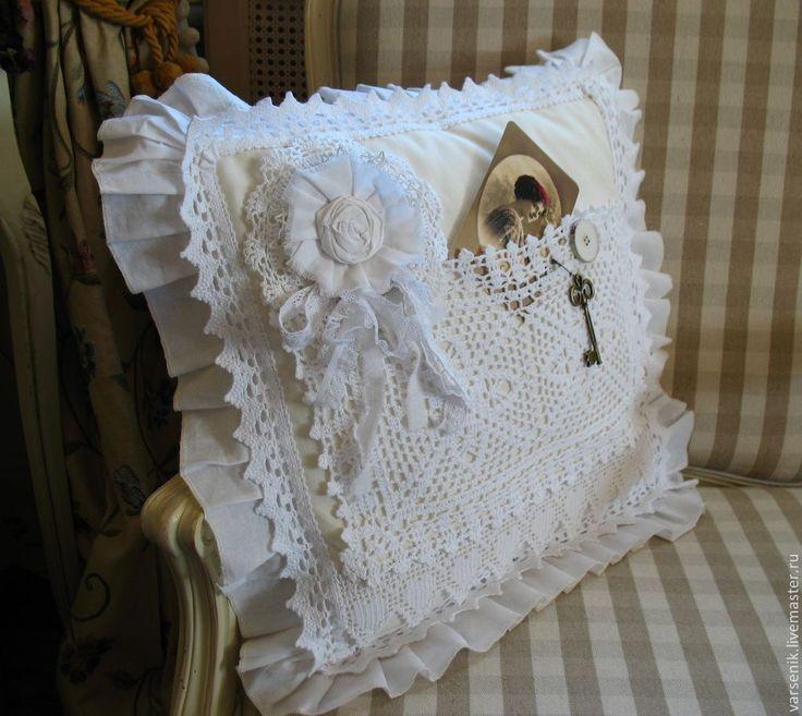 Купить Подушка Белый шик - подушка, подарок девушке, подарок на день рождения, подушечка на свадьбу