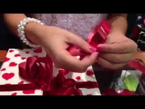 Como hacer lazos  para regalo - YouTube