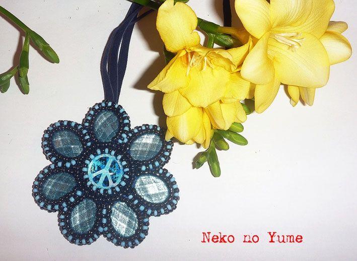 Beads embroidery necklace, pendant - Aoi Hana