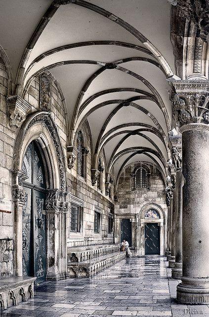 the Rector's Palace, old town, Dubrovnik, Croatia Looks like a Harry Potter corridor @Olivia García Moskowitz