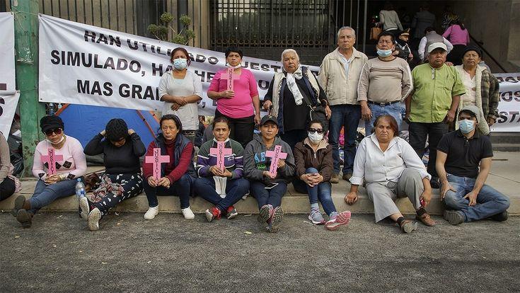 En #México #madres de desaparecidxs llevan 10 días frente a #Segob en #HuelgadeHambre sin ser recibidas por el Secretario de Gobernación, Alfonso Navarrete Prida.  Qué piden? #PruebasdeADN en todos los #Semefos del país para que muchos de ellos regresen a casa, con sus familias que siguen buscándoles.  #HastaEncontrarles #MadresenHuelgadeHambre