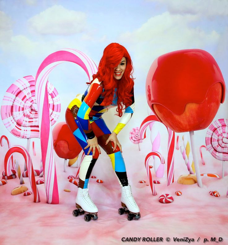 #latex #catsuit #woman #candy #skating #roller #patin #bonbon #femme #girls #color #rubber copyright My Pictures