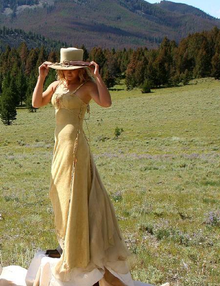 Red Deer Wedding Dress Shops 16