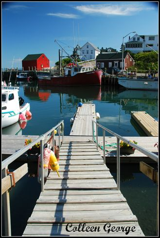 If visiting the Annapolis Valley, be sure to pop over to the Bay of Fundy shore where one can find charming seaside villages such as Hall's Harbour.