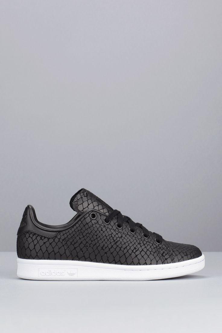 Sneakers noires imprimées reptile Stan Smith