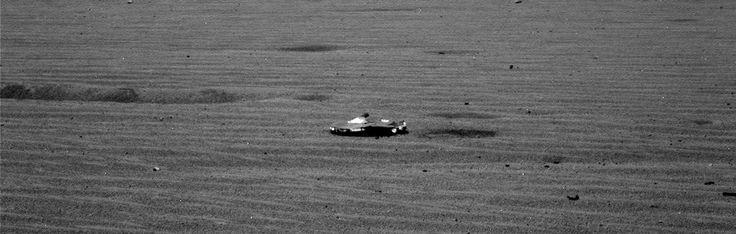 NASA fotografeert zeer vreemd object op Mars. Wie of wat heeft dit achtergelaten? - http://www.ninefornews.nl/nasa-fotografeert-object-mars/