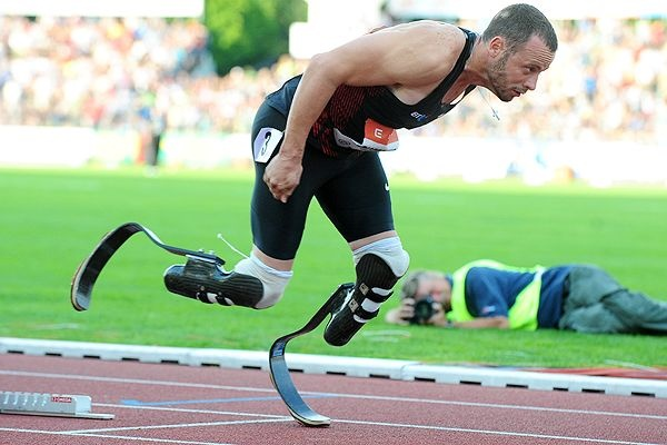 """Oscar Pistorius AKA """"Blade Runner"""" will be representing South Africa in the 2012 London Olympics. He will run the 400 meter event. So inspiring"""