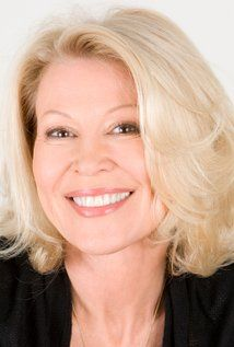 Leslie Easterbrook Picture