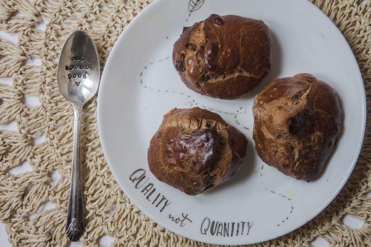 BISCUITS SECS SANS SUCRE  65g de purée d'oléagineux 1 blanc d'œuf 1 dose de protéine en poudre Vous pouvez aussi ajouter une pomme en morceau si vous voulez c'est top aussi !  1- Préchauffez le four à 220 degrés 2- Mélangez tous les ingrédients dans un bol 3- Versez la pâte sur une plaque 4- Enfournez pendant une dizaine de minutes environ