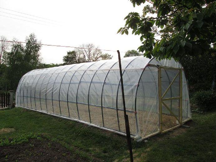 T bb mint 1000 tlet a k vetkez vel kapcsolatban une for Construire serre de jardin